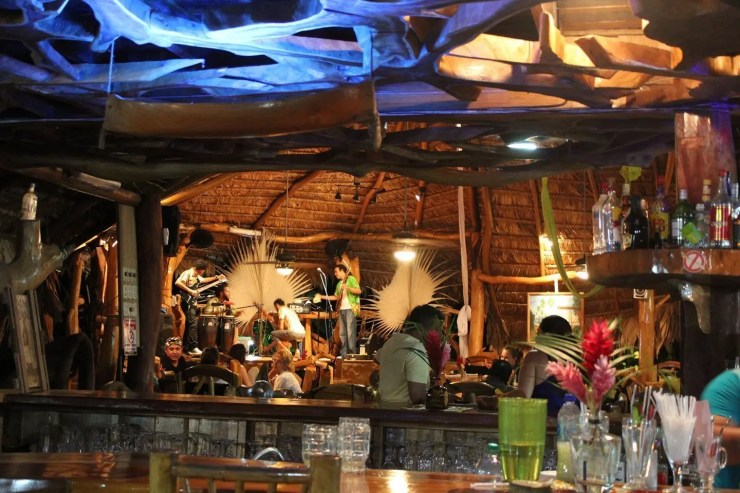 La Costa de Papito Bar