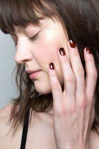 elle-nyfw-fw16-beauty-nails-tanya-taylor-imaxtree