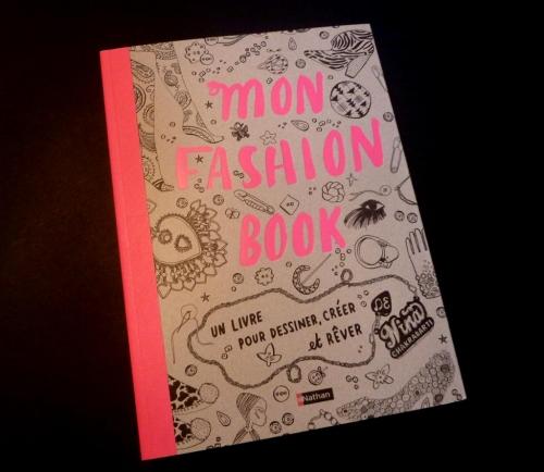 mon-fashion-book 003 (Large).JPG