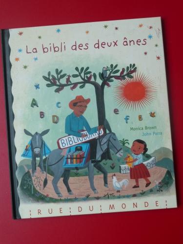 La bibli des deux ânes, Rue du Monde 002.JPG