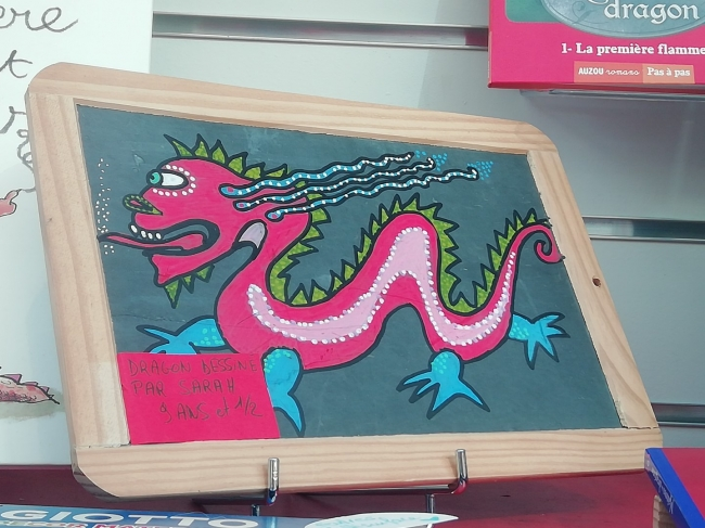 vitrine-dragons-la-courte-echelle (7).jpg
