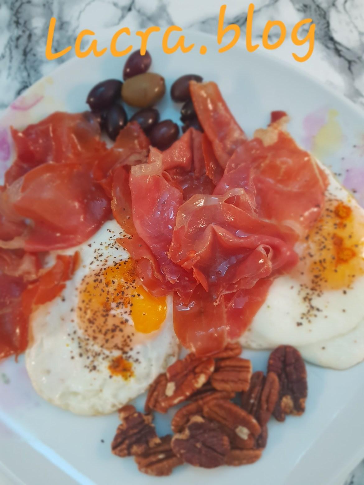 Mic dejun combinat