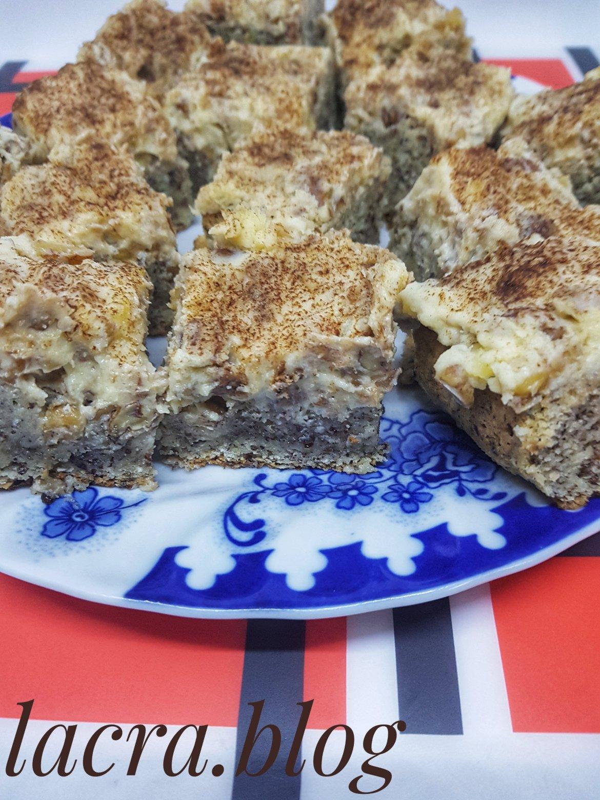 Prăjitură keto cu cremă de nuci