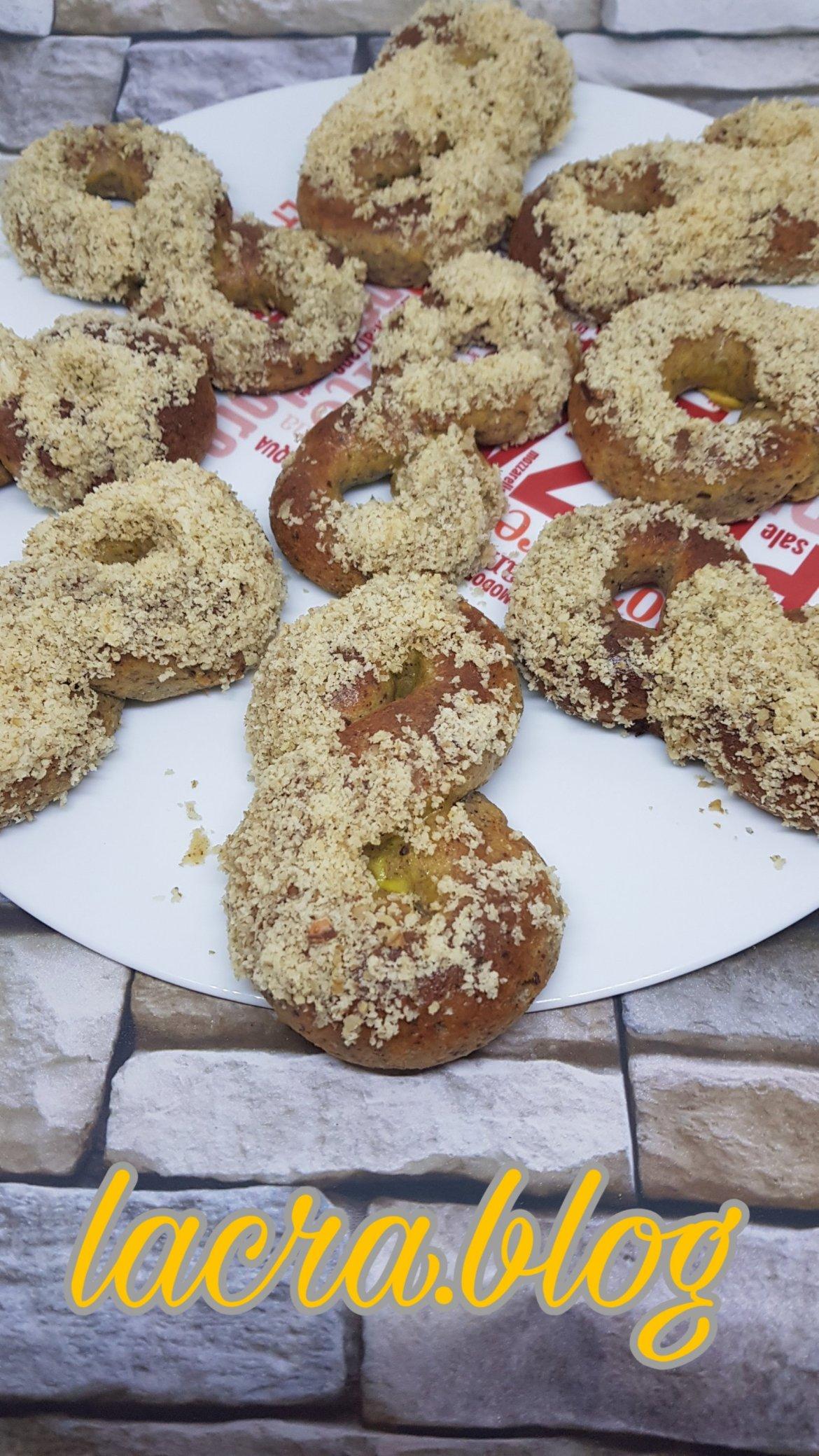 Mucenici LCHF moldovenești ( cu gluten )
