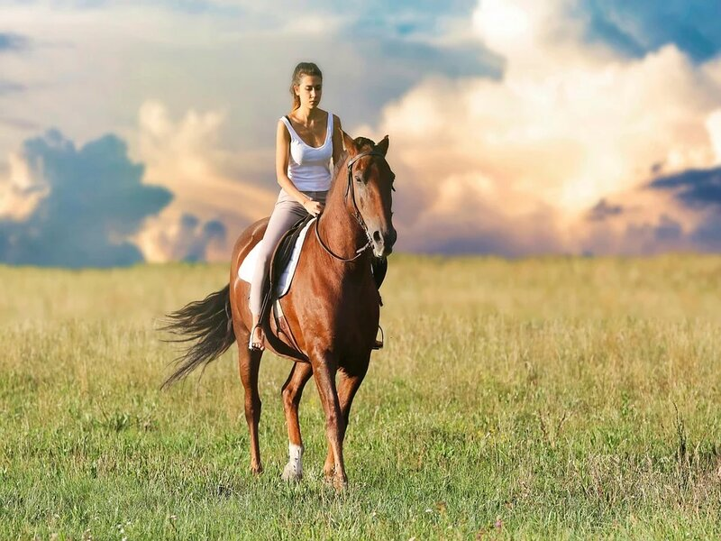 Soñar con cabalgar