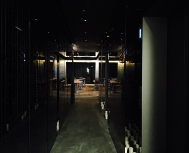 Causeway Bay upstairs fitted restaurant with exclusive lobby