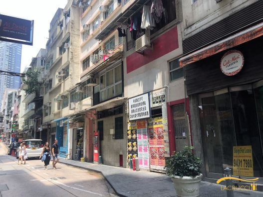 Vacant F&B shops on Staunton Street in Soho Central HK