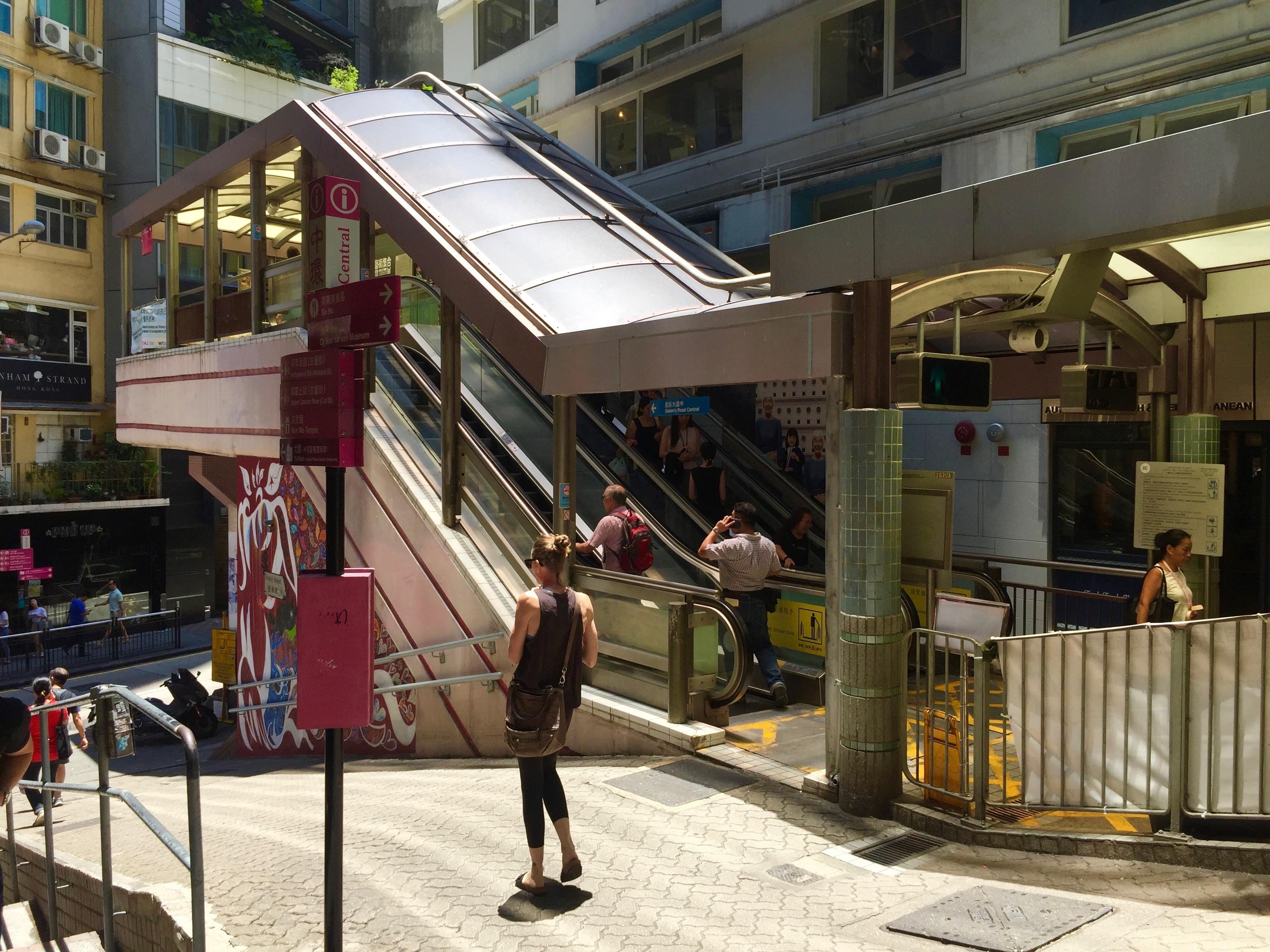 Central SoHo Escalator, Hong Kong - High ceiling FB Space for lease in Pottinger Street