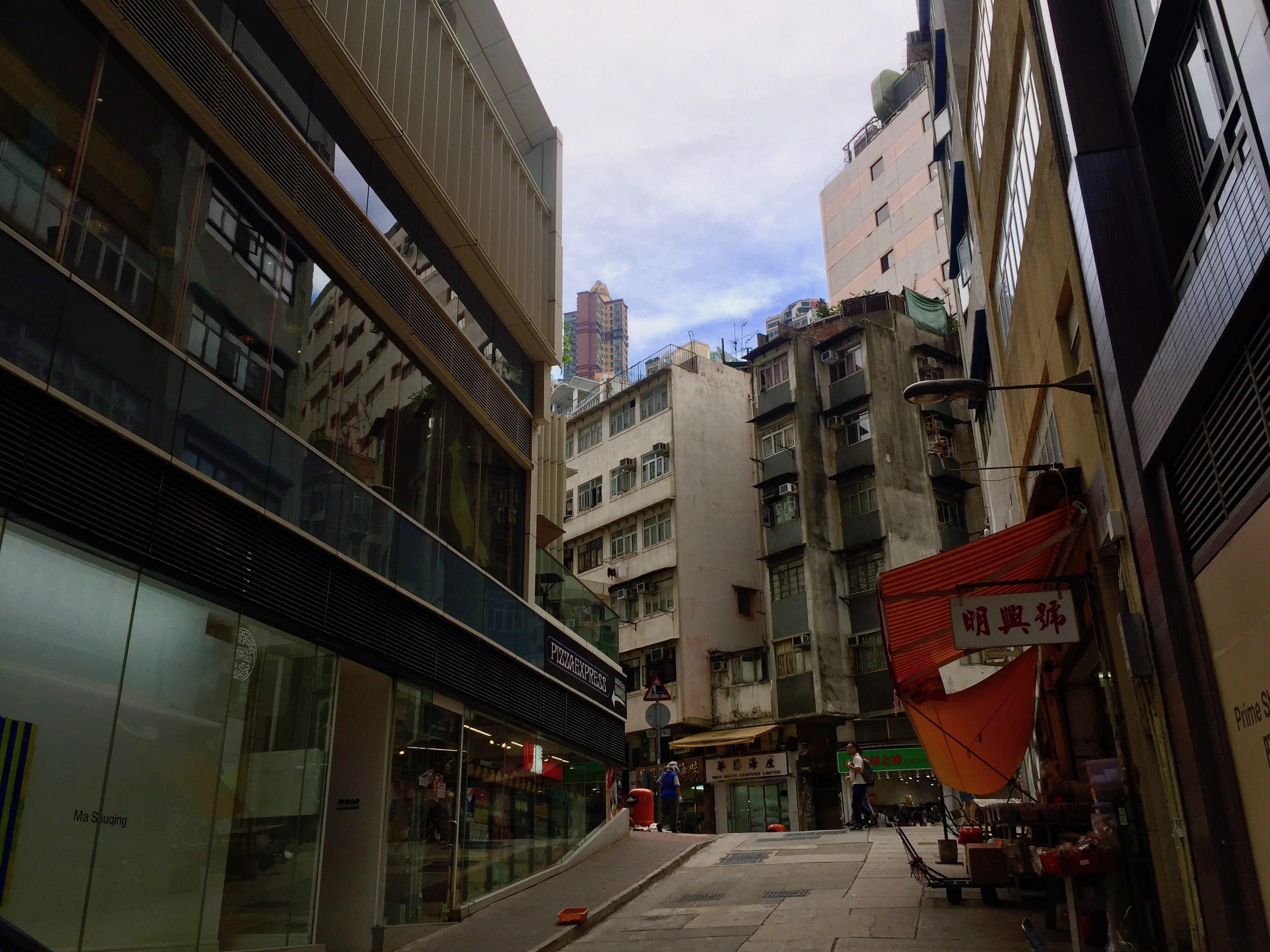 Hong Kong Sai Ying Pun F&B Shop for Lease with high ceiling