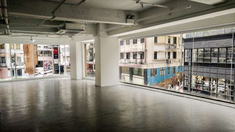 Hong Kong Central restaurant space for lease with openable windows