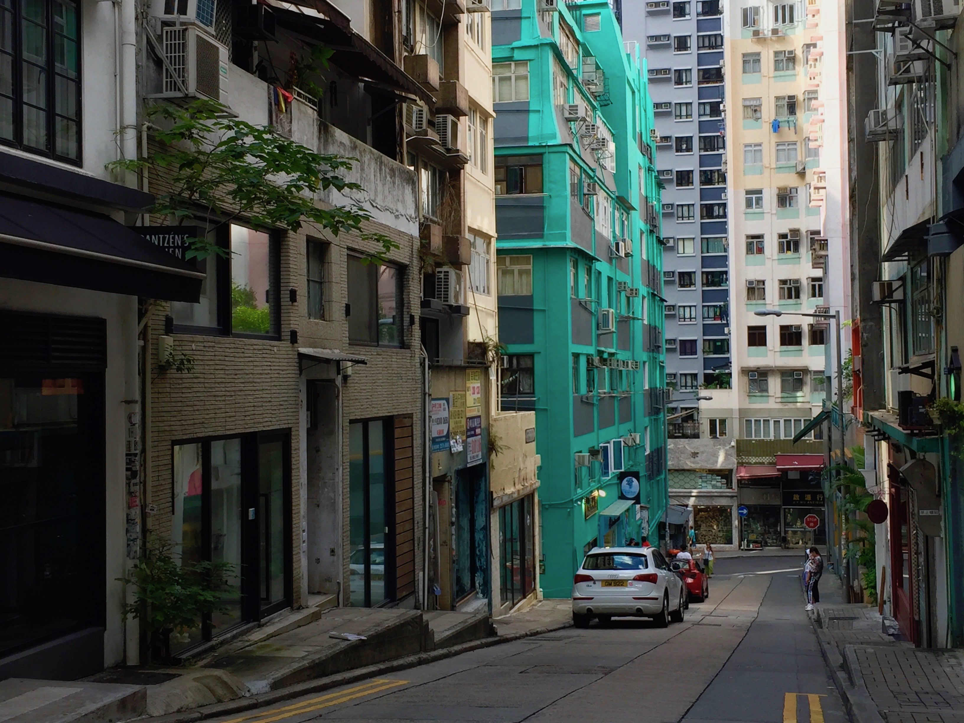 Hong Kong Sheung Wan Hipster Restaurant Bar for Sale with Lease Licence