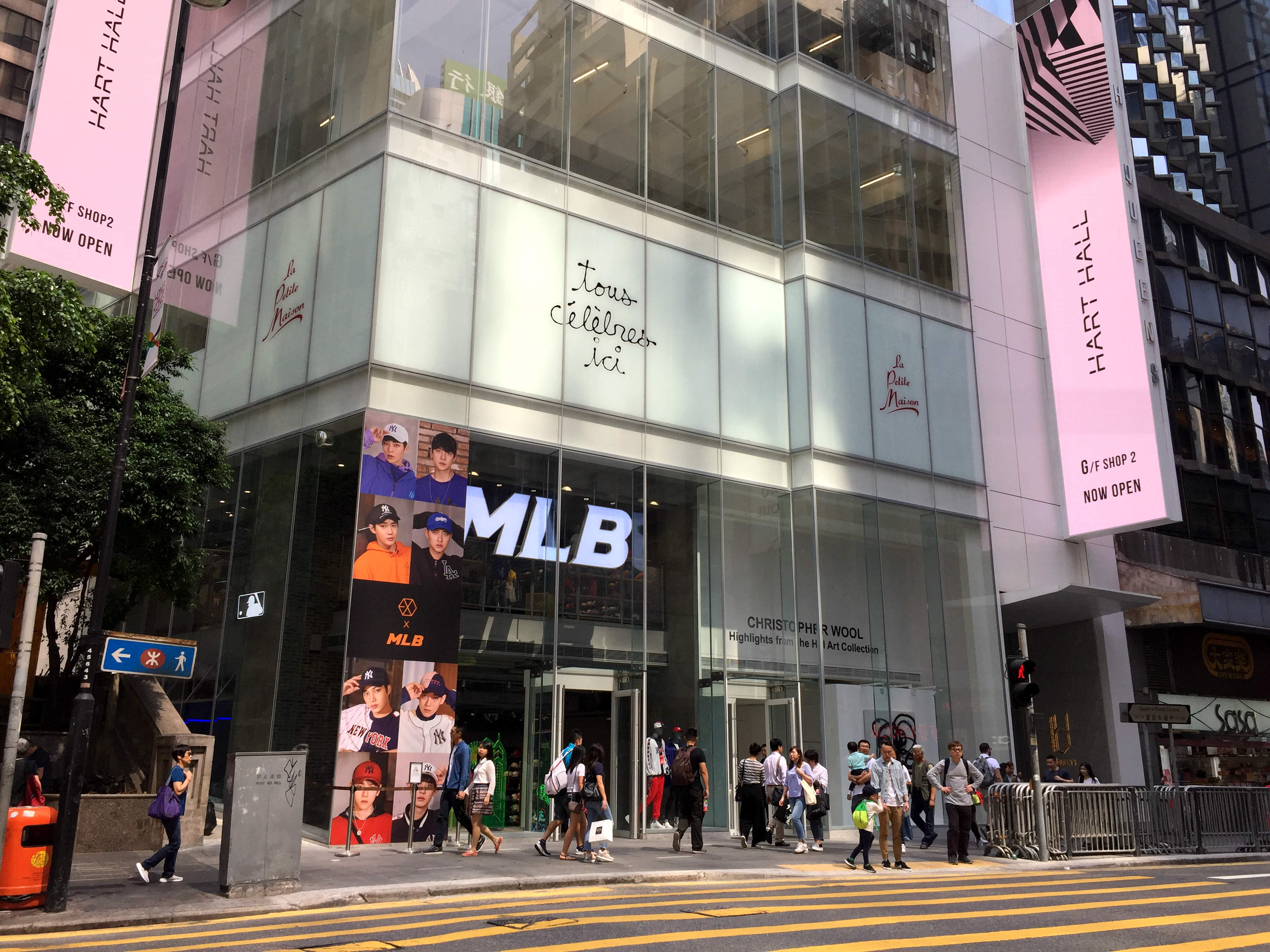 Restaurant space for lease in Queen's Road Central, Central, Hong Kong