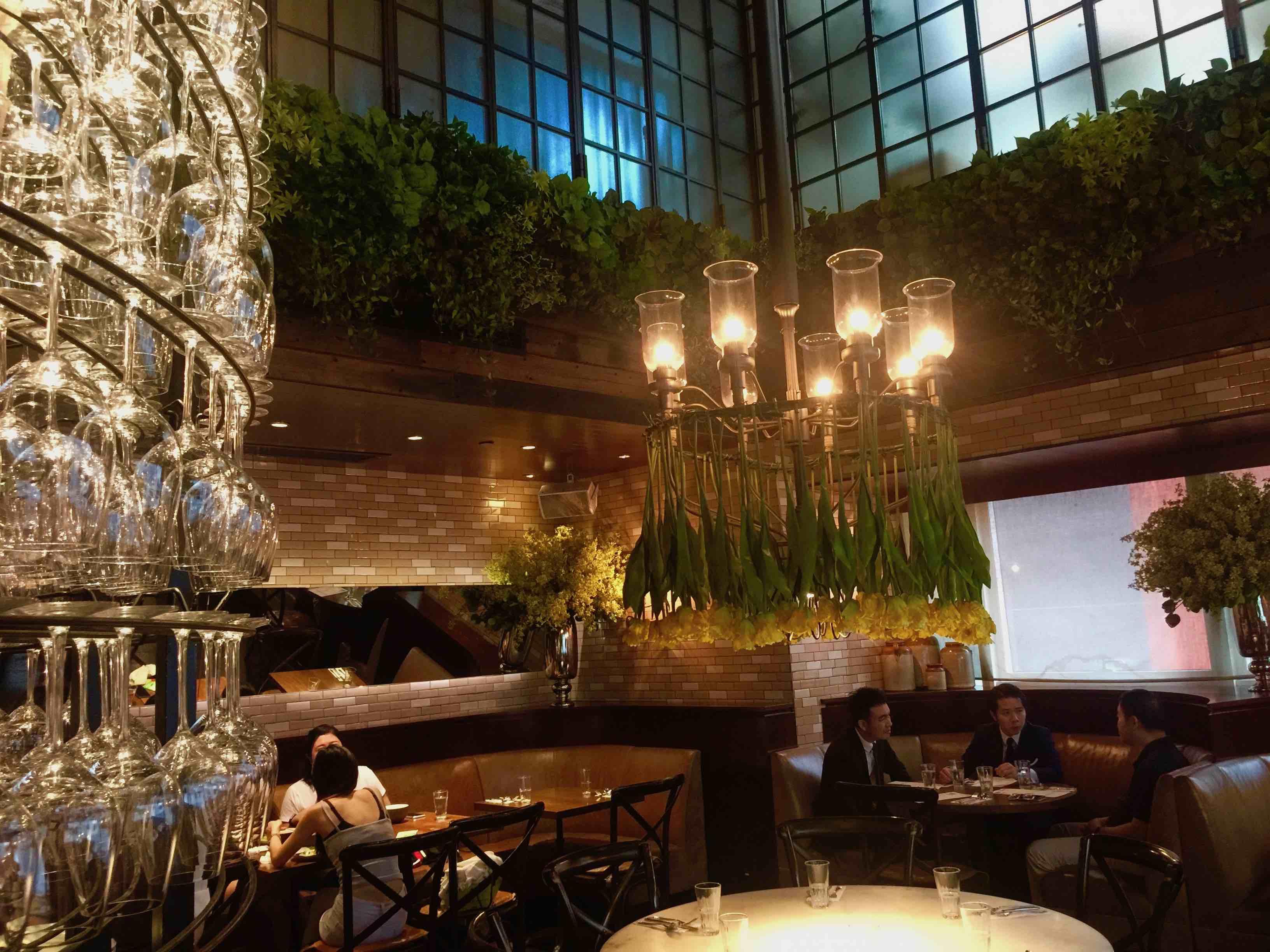 Beautiful restaurant & bar for rent in Lan Kwai Fong Central Hong Kong