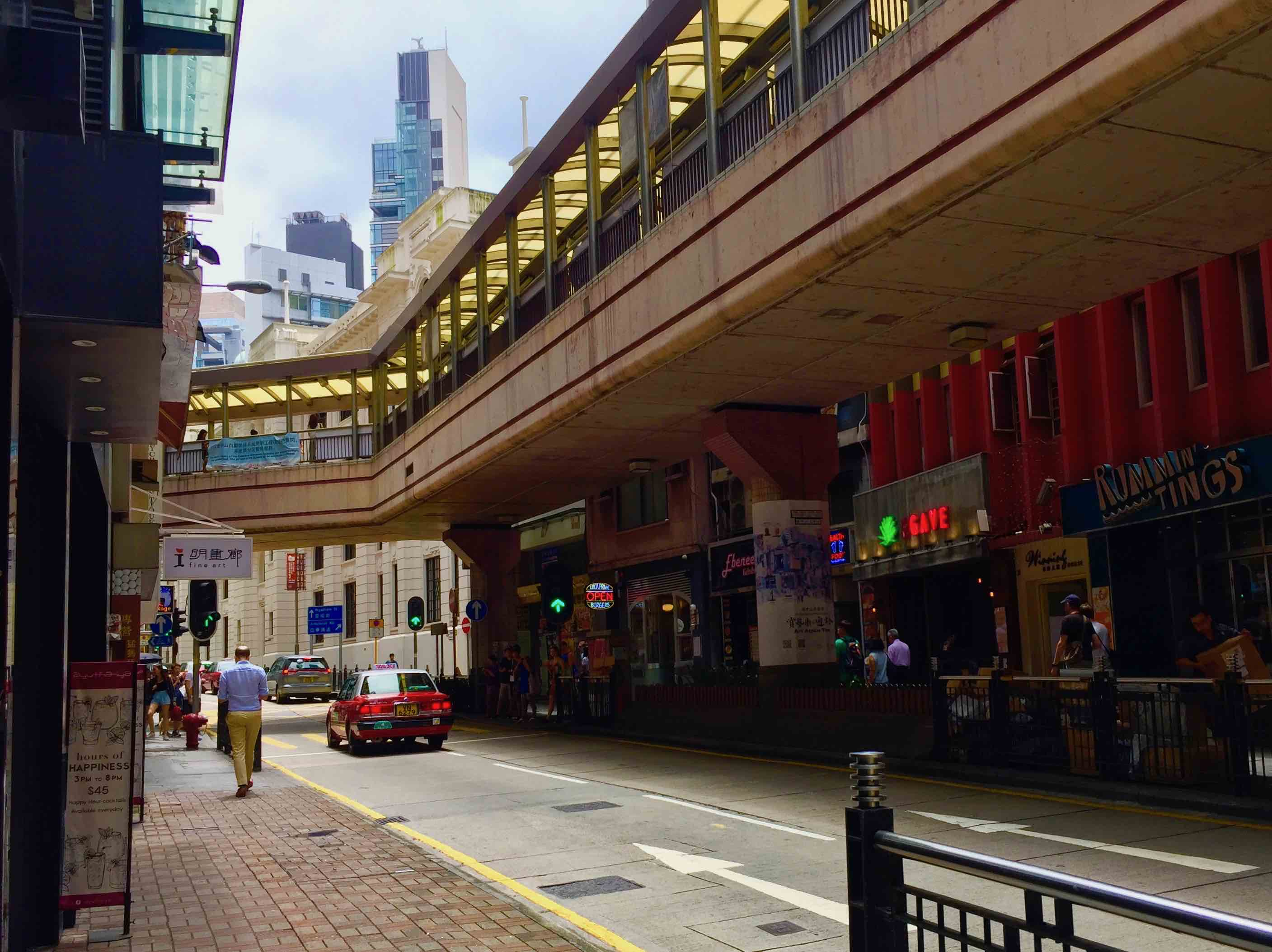 Central Hollywood Road Restaurant for Sale with Lease in Hong Kong