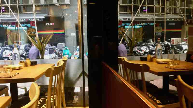 Fitted Restaurant Shop Space for Lease in Sheung Wan Hong Kong