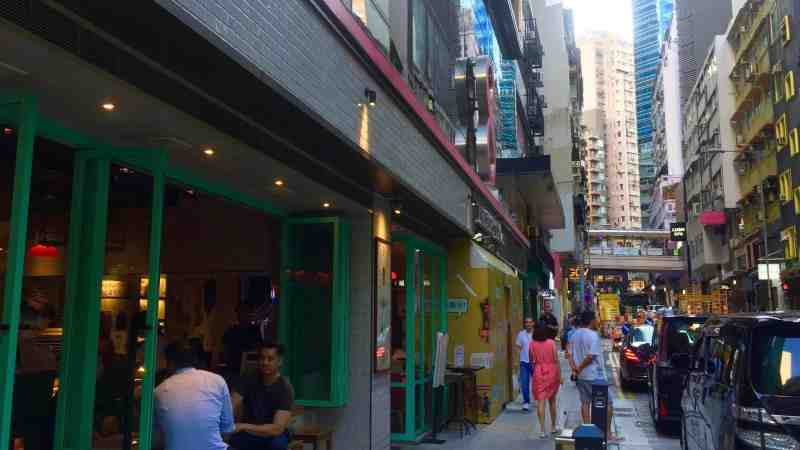 Upstairs Food & Beverage Shop with Outdoor for Rent in Central HK