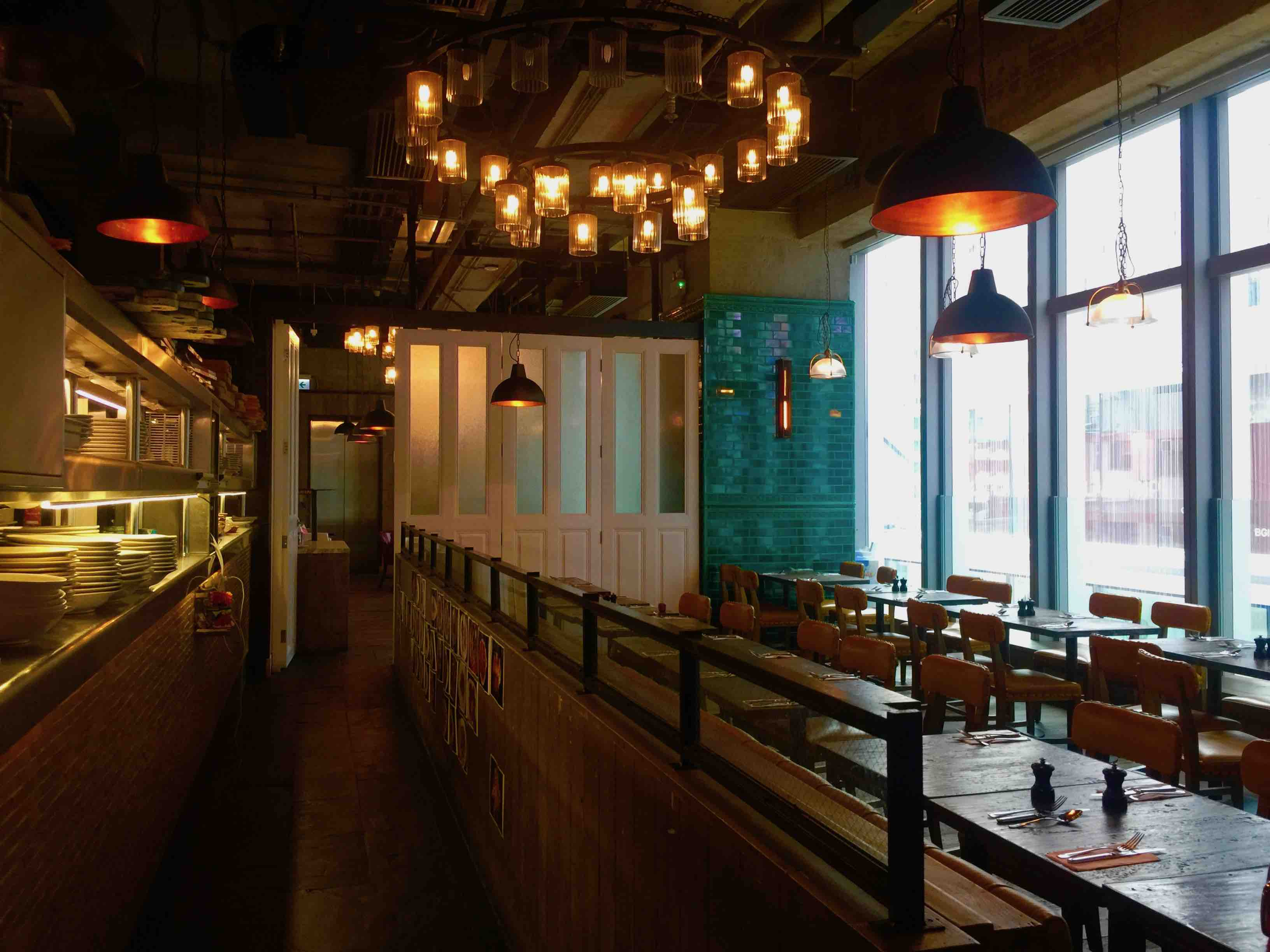 Huge Restaurant for Rent in Causeway Bay HK