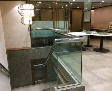 HK Causeway Bay street access fitted restaurant for rent