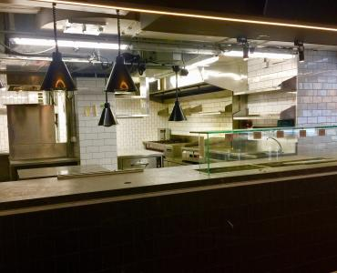 HK Central restaurant with kitchen bar for lease