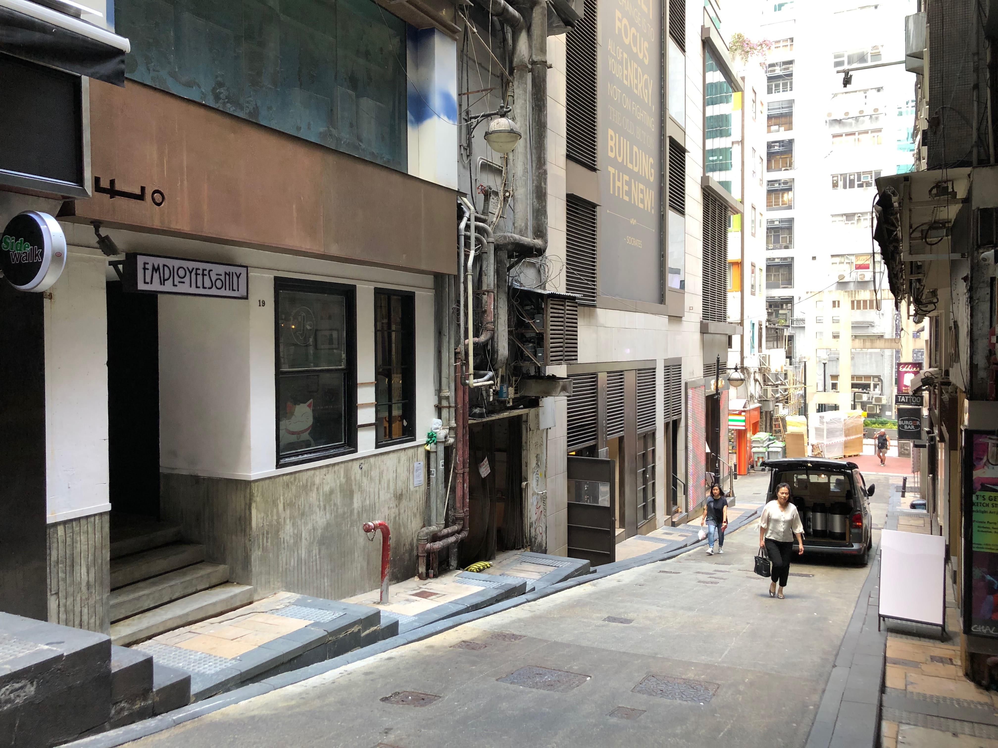 LKF Efficient FB Shop for Rent in Hong Kong