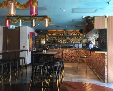 HK Central Fitted Upstairs Restaurant Bar for Lease
