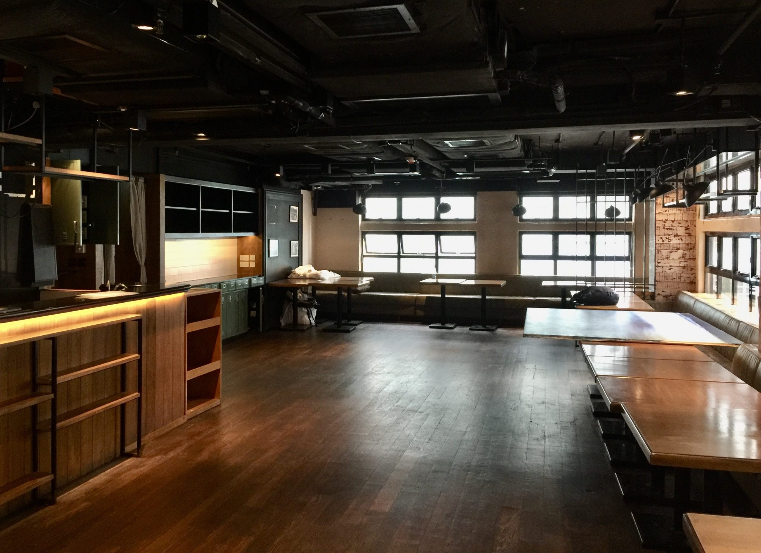 LKF Fitted Restaurant with Licence for Lease in Central HK