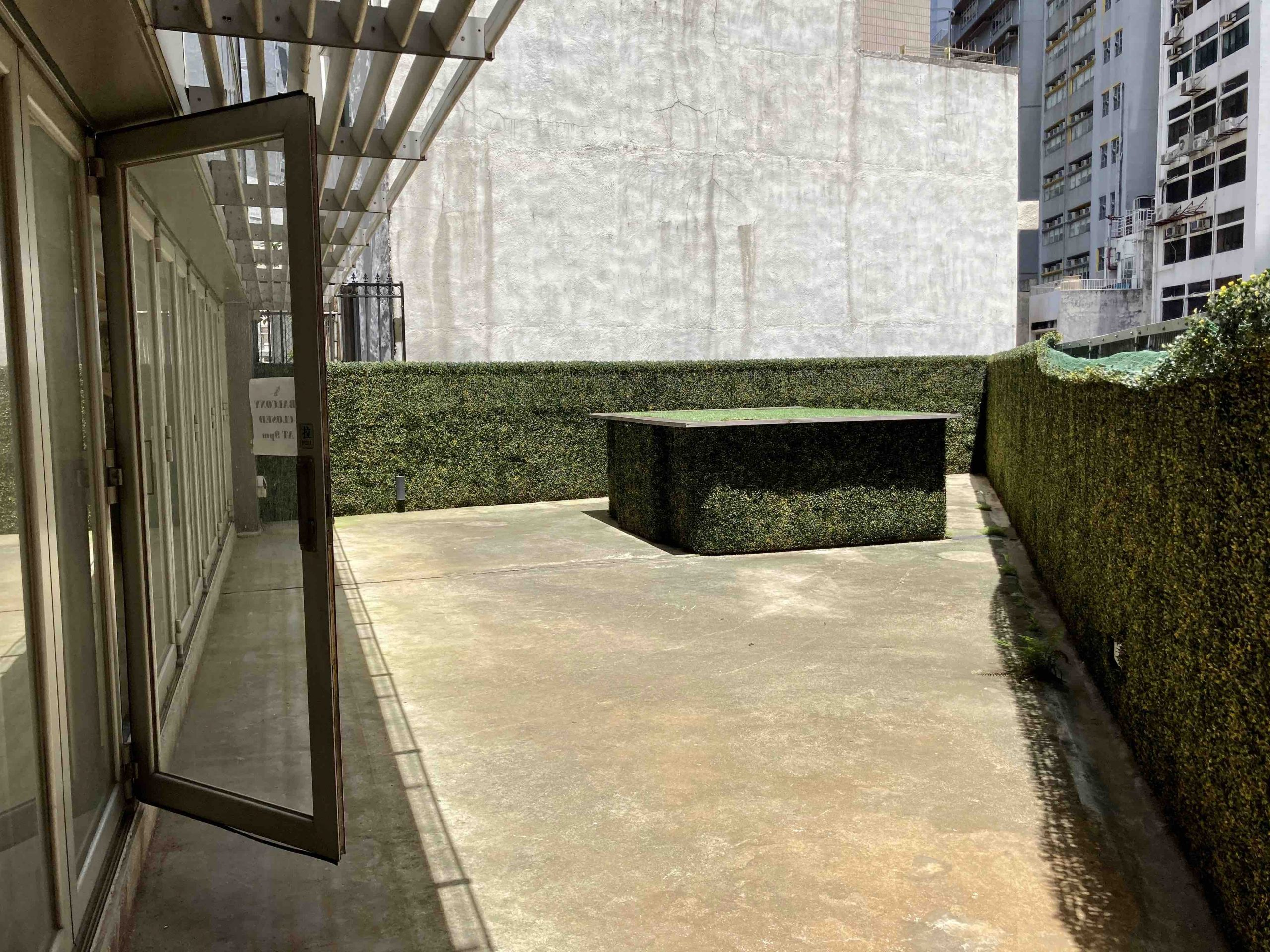 HK Restaurant Bar with Terrace for Lease in Sheung Wan