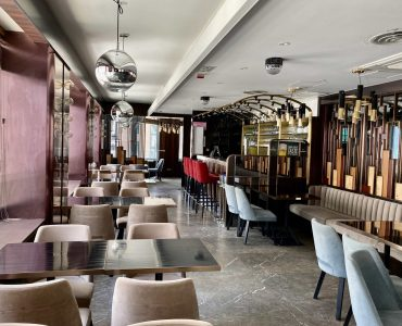 Western Restaurant with Fitting for Rent in Wanchai Hong Kong