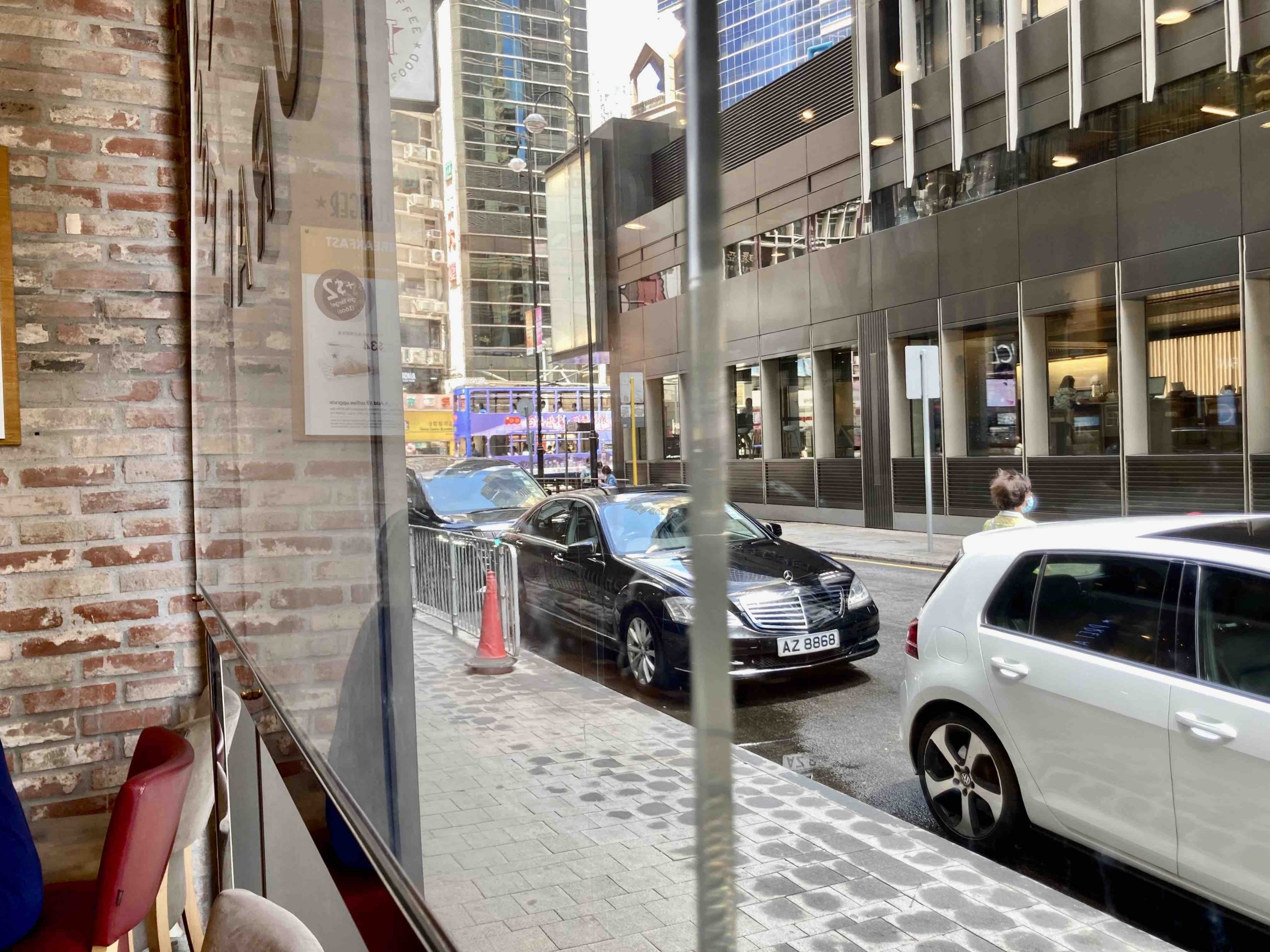 HK Office District Restaurant for Rent in Central