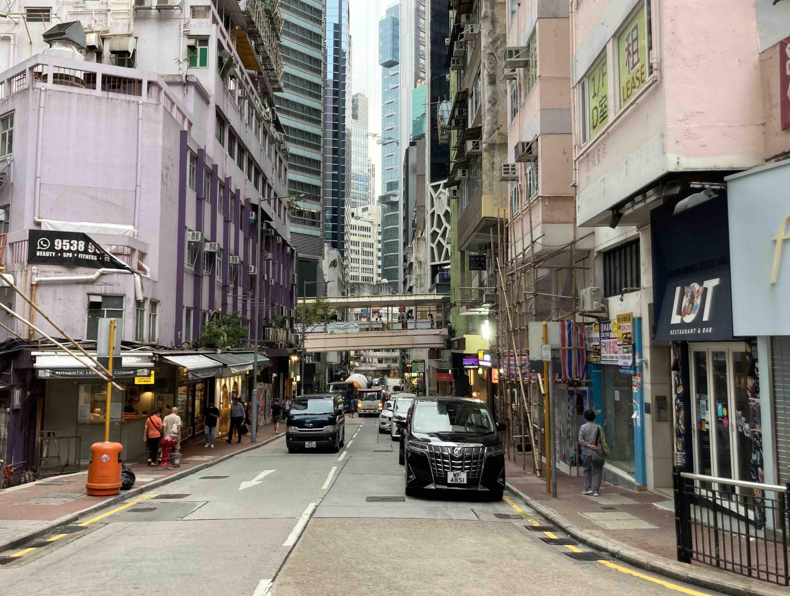 HK Central Street-level shop for rent on Lyndhurst Terrace