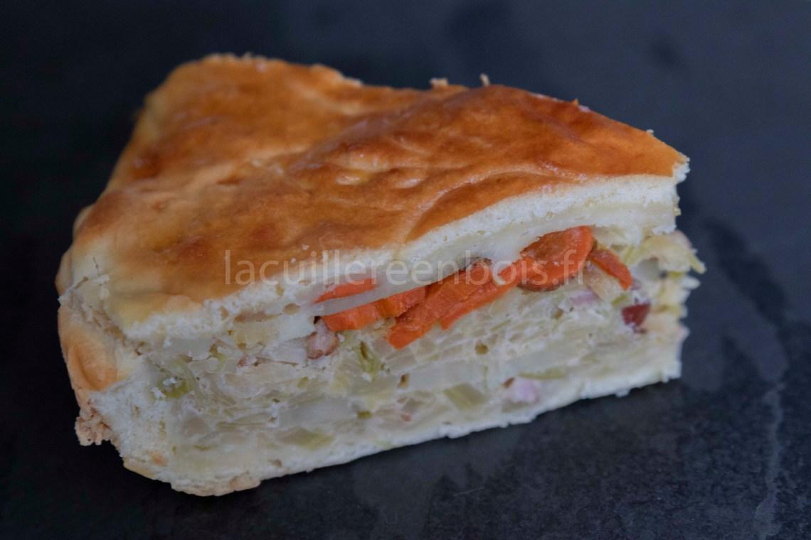 tourte briochée au choux, aux carottes et aux lardons, une tuerie!!
