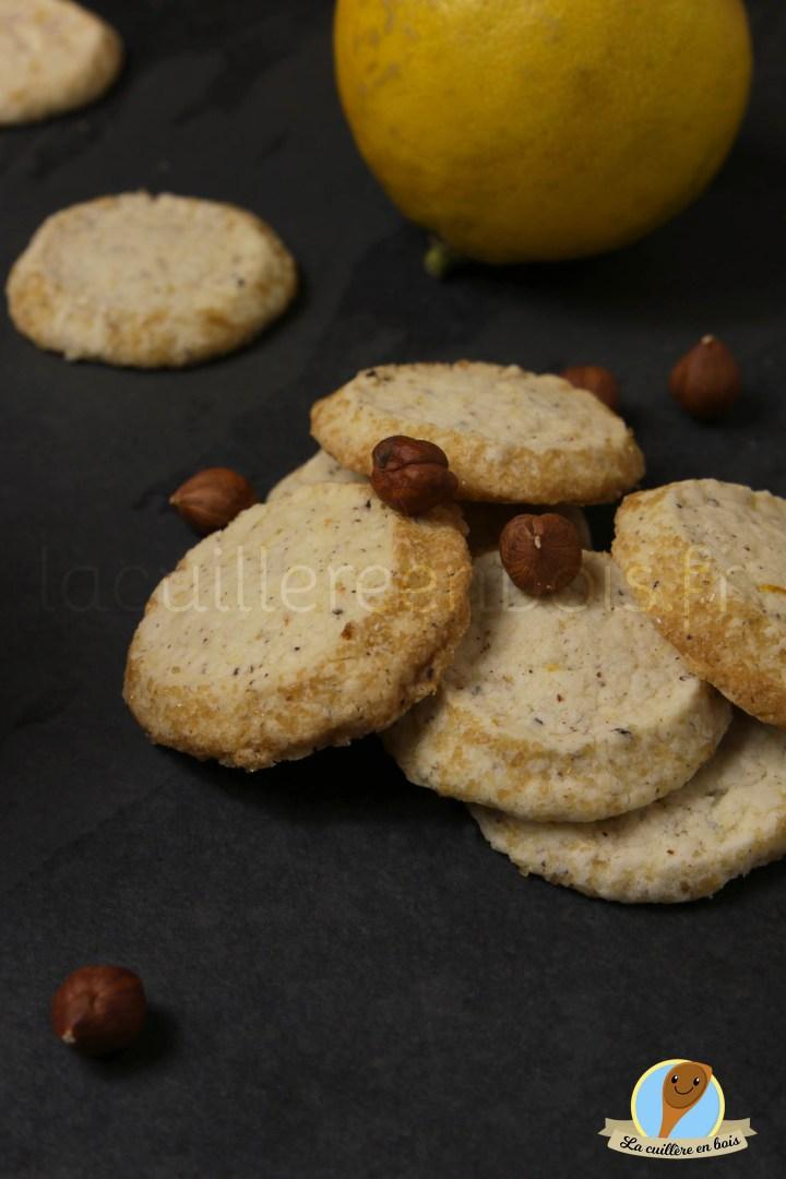 lacuillereenbois.fr - sablés noisettes/bergamote
