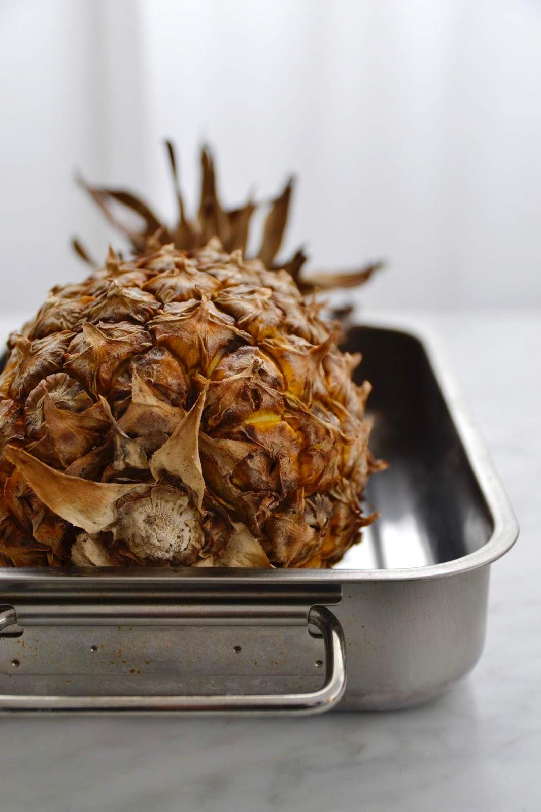 Ananas Roti Au Four : ananas, Simple, Comme, Ananas, Entier,, Rôti, Cuisine, C'est