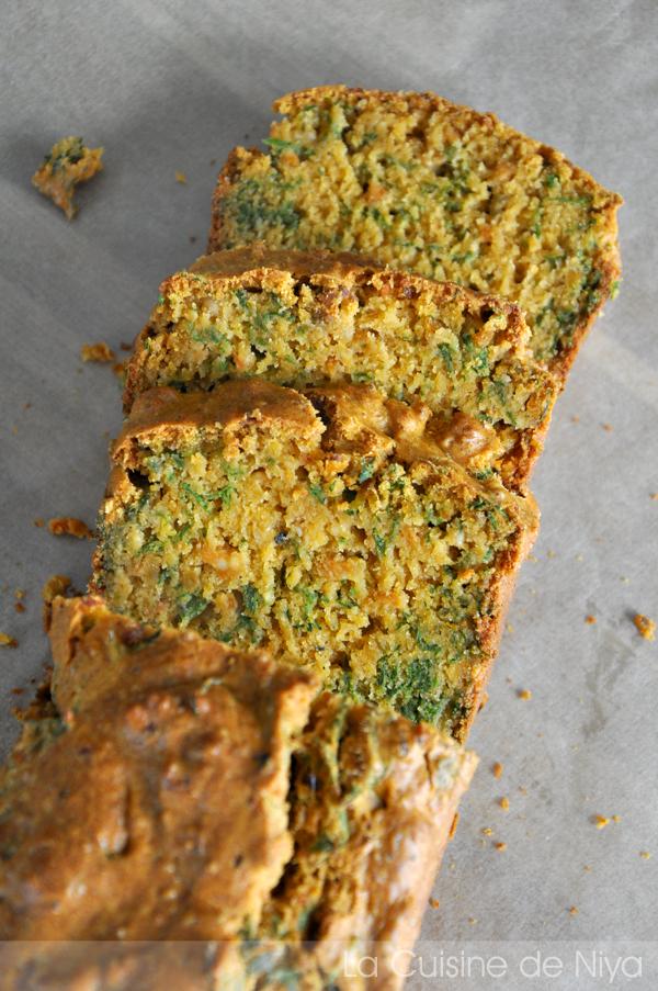 Cake aux fanes de carottes et tofu rosso [vegan]