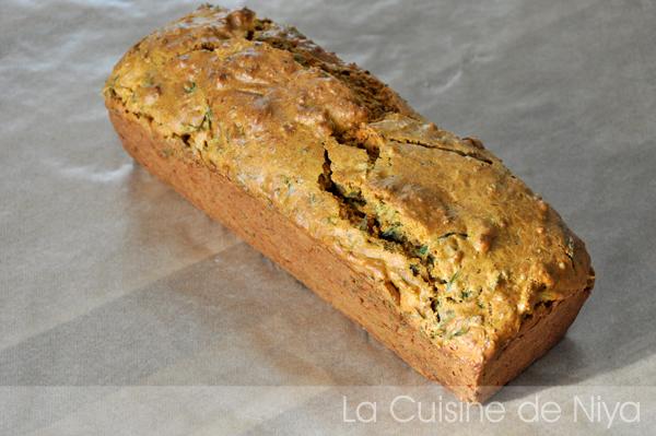 cake aux fanes de carottes et tofu rosso [vegan] - la cuisine de niya