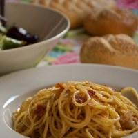 Spaghetti con Mollica,Porri e Speck