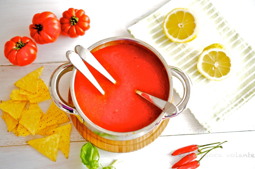 Zuppa di Pomodori e Peperoni di Jamie Oliver, in 15 minuti