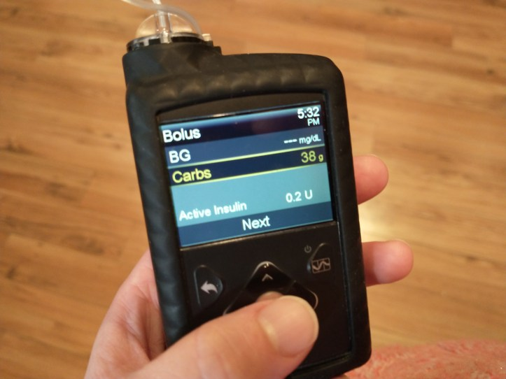 Medtronic Minimed 670G Insulin Pump showing bolus wizard screen.