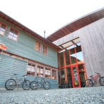 Engaged in by hand in the hinterland of Zhujiang new town bike shop organic cafe