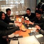 """在文華東方東京夜景""""keski""""晚宴和我的朋友。"""