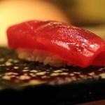 壽司青柳在東京車站酒店、 甚至食品是高品質的壽司店