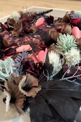 details fleurs artificielles DIY tableau fleuri