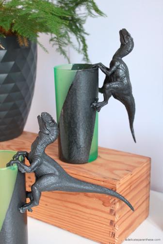 creation DIY la délicate parenthèse verres dinosaures pour Modes & Travaux creation