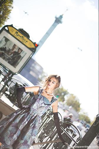 Graham & Brown, metro parisien, bastille shooting photo robe papier peint mannequin pour fashion week