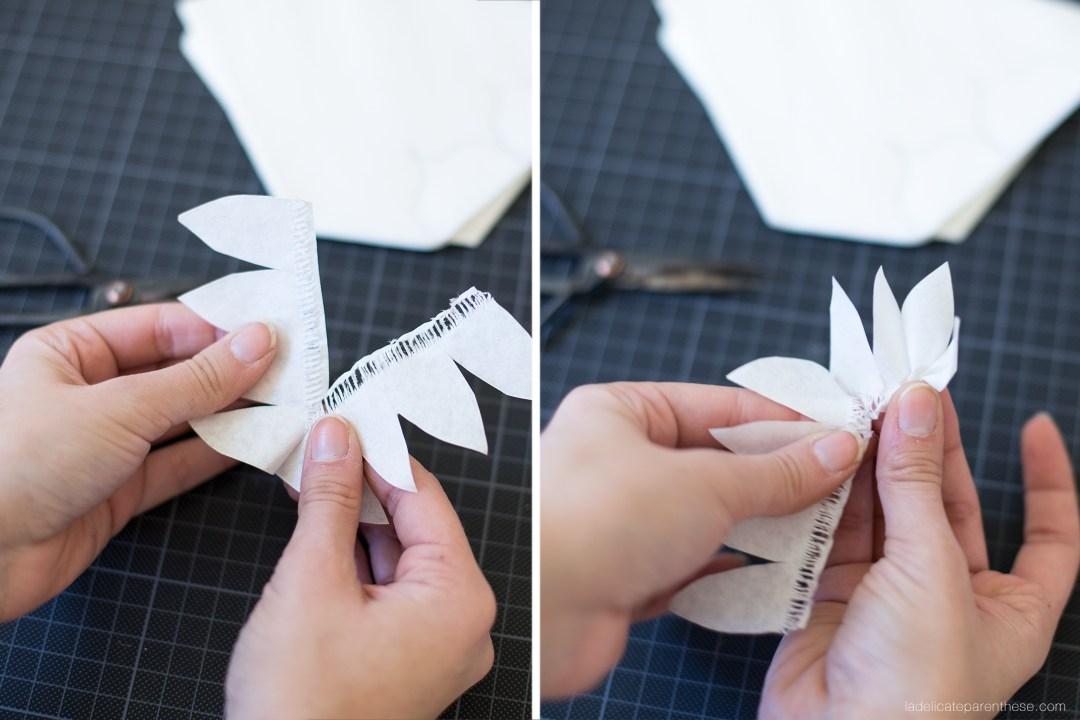 esprit tahitien fleur en papier et aquarelle pour création couronne décorative