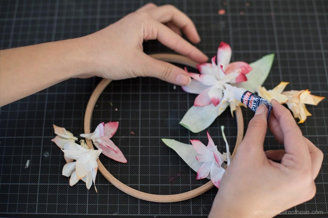 fleur de tiaré en papier couronne fleur esprit disney vaiana