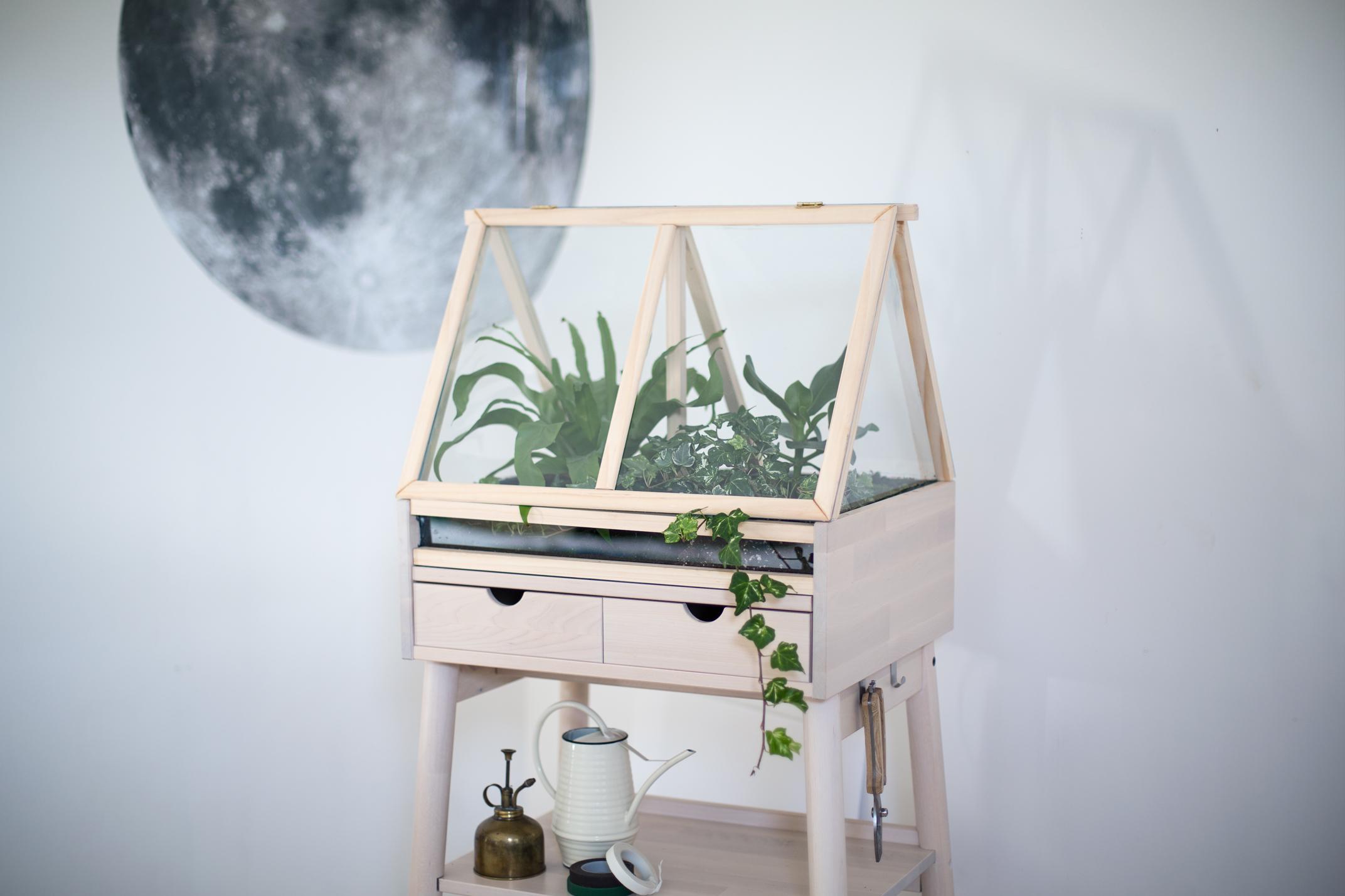 Meuble Sous Plaque Four Ikea diy ] créez une serre d'intérieure en détournant un meuble