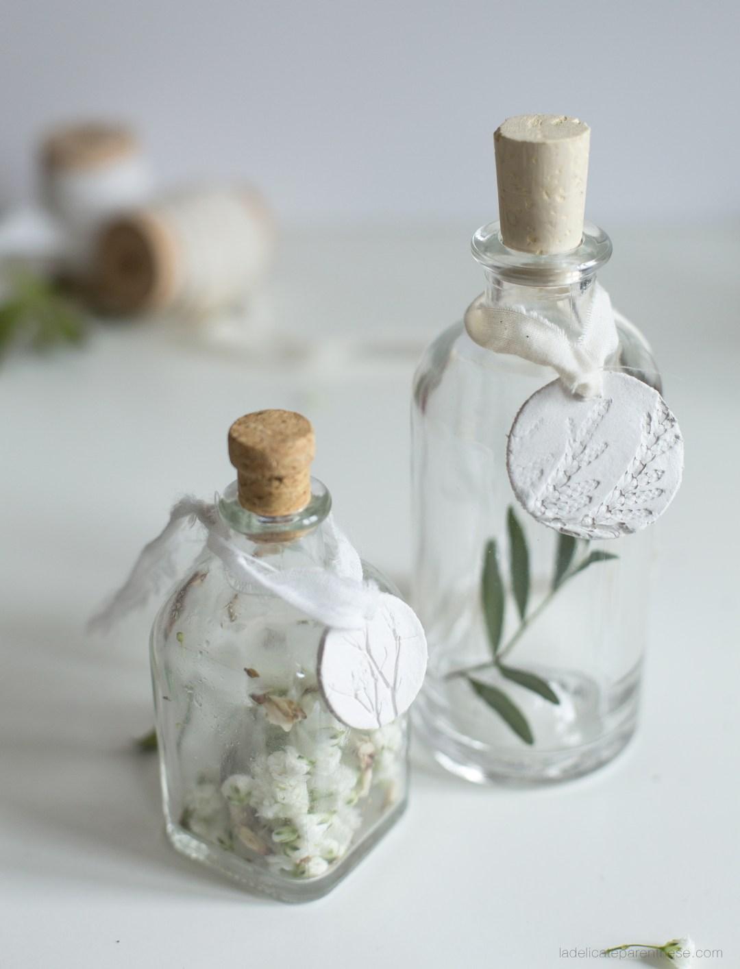 Flacons floraux et médailles céramique DIY handmade