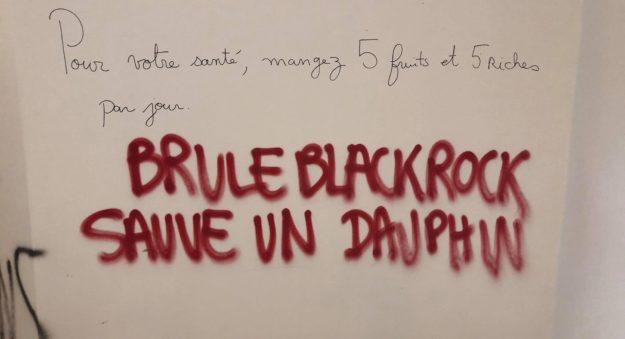200423 - Brûle Blackrock Sauve un dauphin by Ricochets - La Déviation