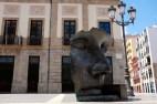 """""""Per Adriano"""" mask sculpture, by Igor Mitoraj in front of the Teatro Guimerá, Plaza de la Isla de la Madeira, Santa Cruz"""